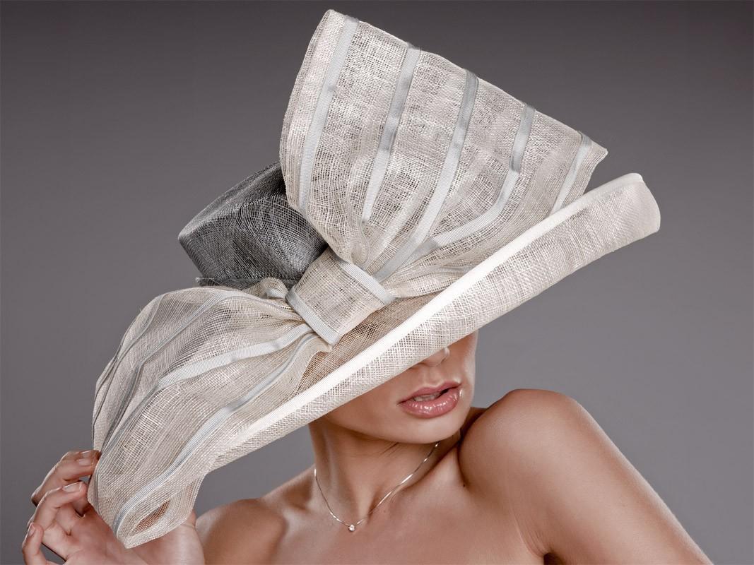Pamela Glamour celebraciones. Pingleton Hats blog