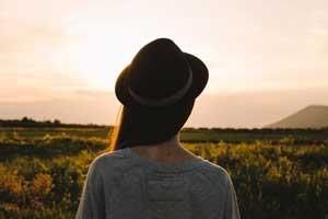 Sombreros, el aliado y complemento perfecto para tus viajes