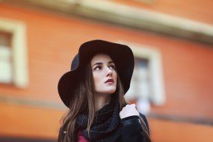 Los Sombreros para Mujer Perfectos para Comenzar el Otoño